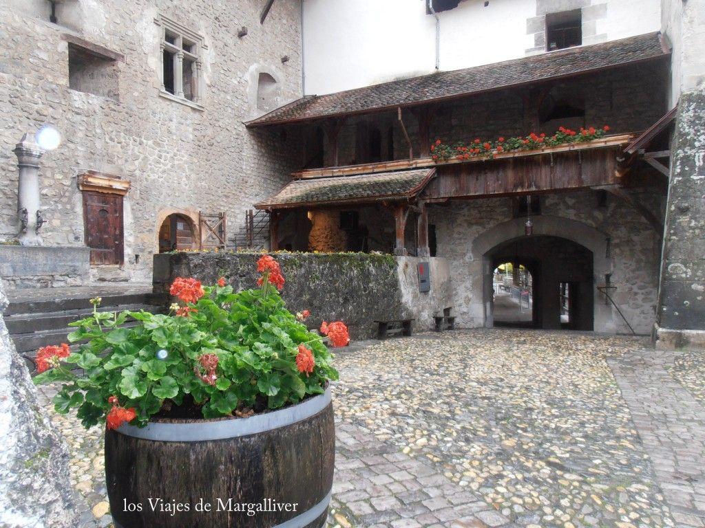 Entrada del Castillo de Chillon - Los viajes de Margalliver